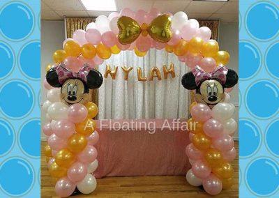 A Floating Affair balloon arches