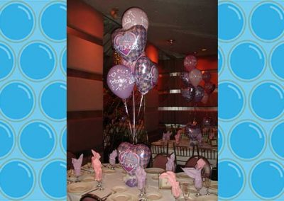 A Floating Affair balloon table decorations